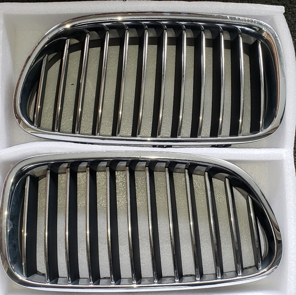 Bmw chrome kidney grill for F10